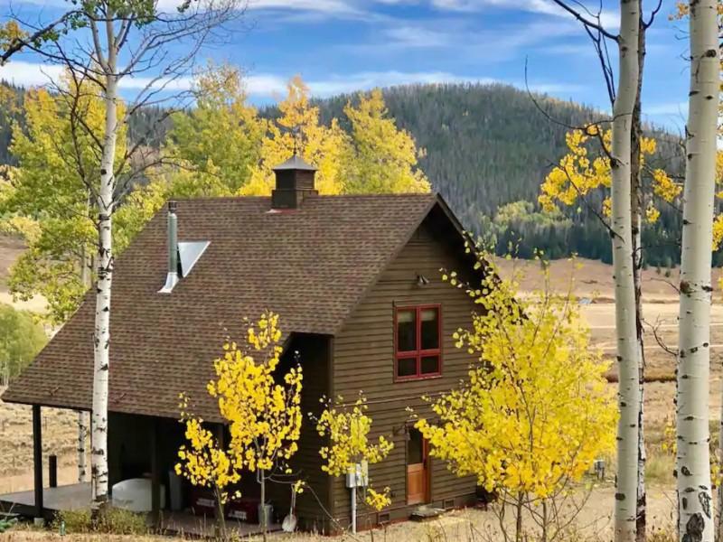 Cozy Home on 5 Acres, Clark, Colorado