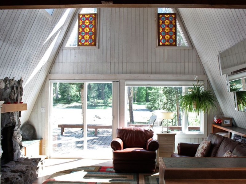 Fabulous Chalet 1/2 Mile From Main Street