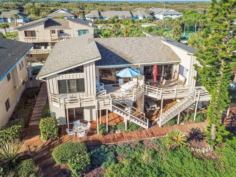 Gorgeous Oceanfront Villa