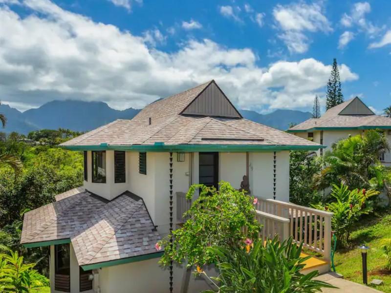 Hawaiian-style Oceanfront Villa, Princeville
