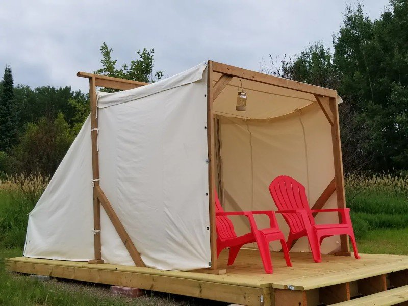 Seating in Hungry Hippie Hostel - Glamping Tent #1