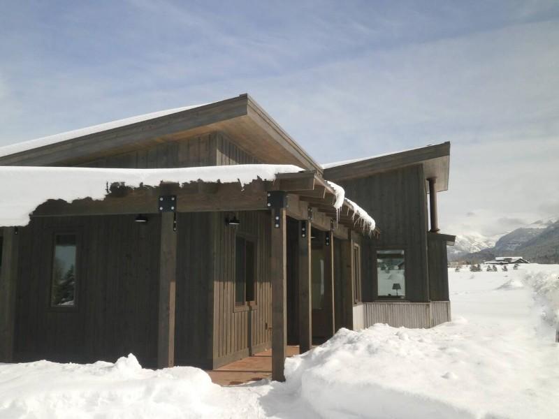 Modern Mountain Retreat