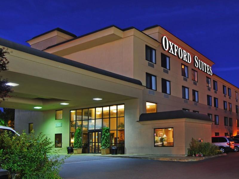 Oxford Suites Portland, Oregon