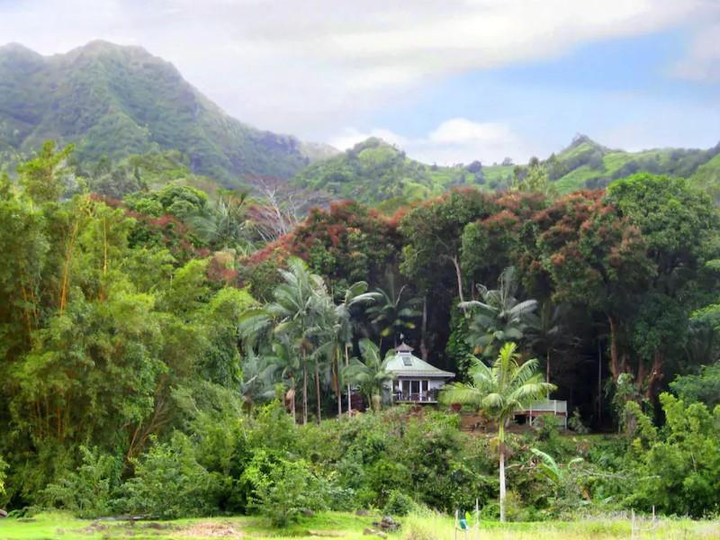 Romantic Garden Cottage, Kauai