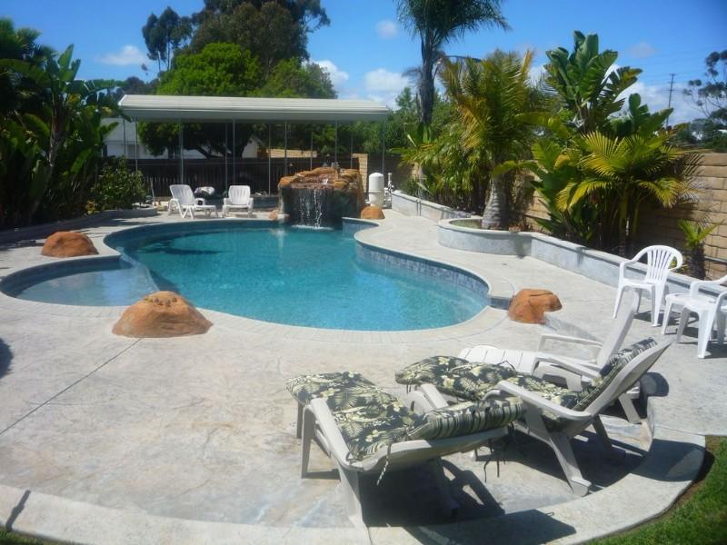 Swimming pool at San Diego Dreamin'