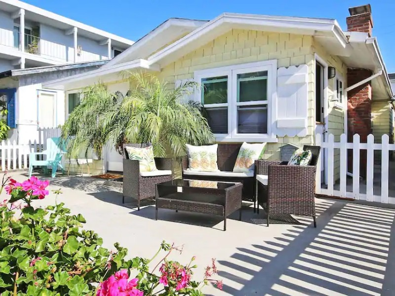 Tommy Bahama Beach Cottage