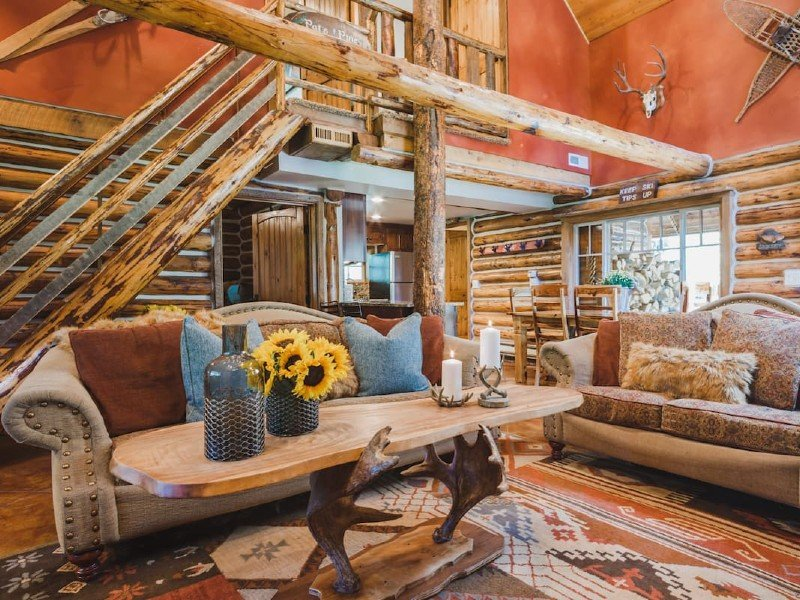The Cozy Log Cabin