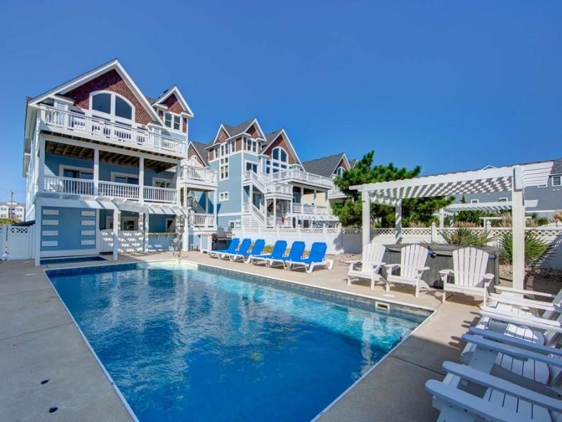 12 Bedroom Oceanfront Estate with Pool, Kill Devil Hills, North Carolina