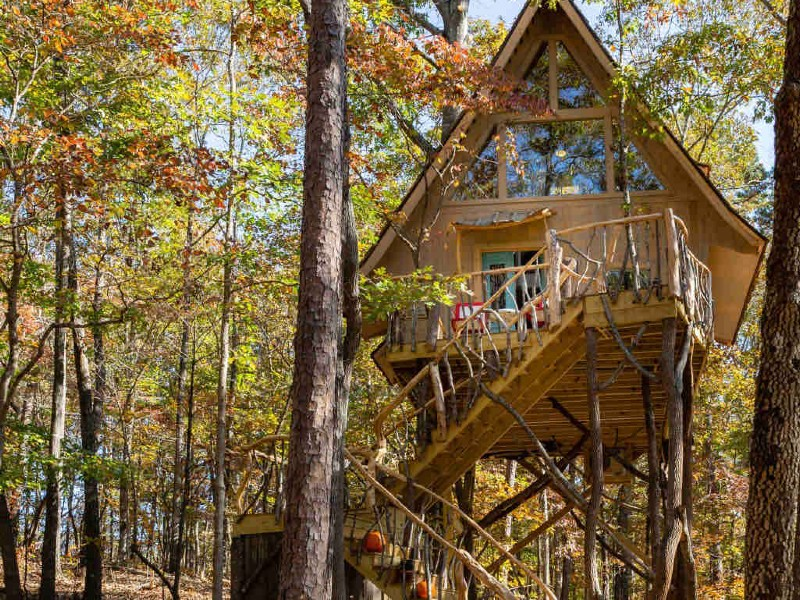Bed+Bough, an enchanting Treehouse Retreat