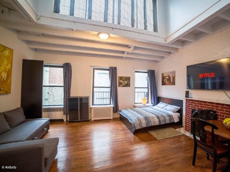 Vintage Loft Style Studio - Greenwich/Union Square
