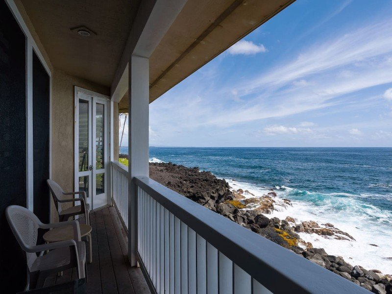 Grand Oceanfront Home, Watch Whales and Sea Turtles