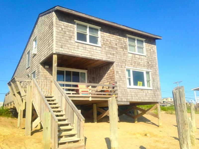 Pet friendly oceanfront cottage, Kill Devil Hills, NC