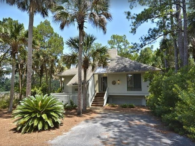 Front of Renovated Moss Creek Marsh Cottage with Spectacular Views
