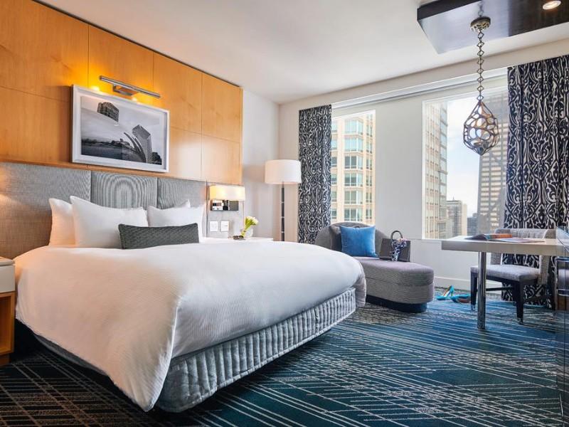Room at Sofitel Chicago Magnificent Mile