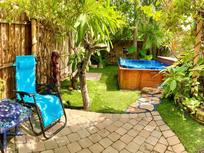 Hot tub at The Love Shack Beach House