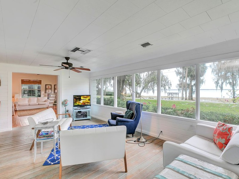 Charming 1920s Lake Estate with Hot Tub & Access to Boat Ramp