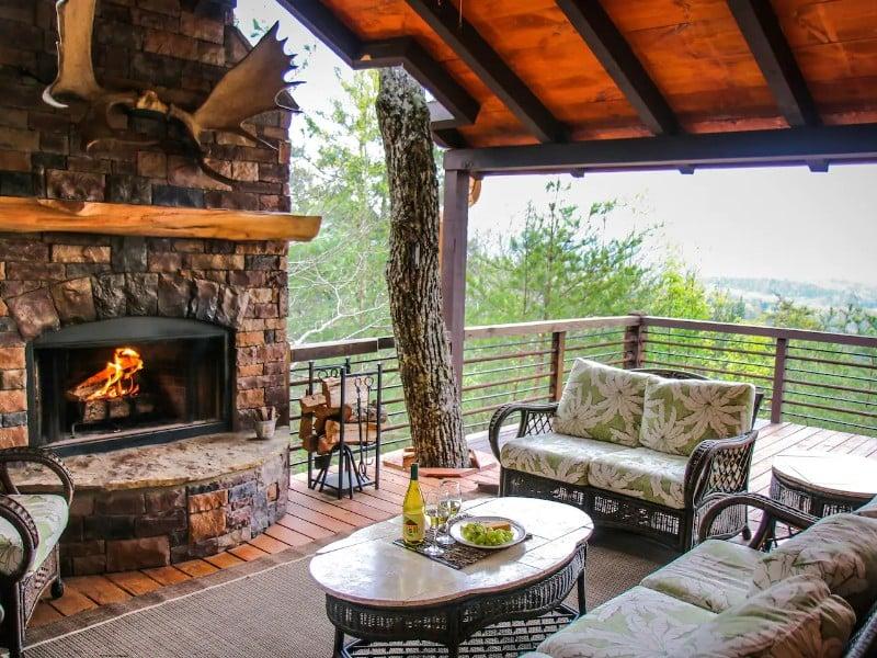 Luxury Mountain-Top Blue Ridge Retreat
