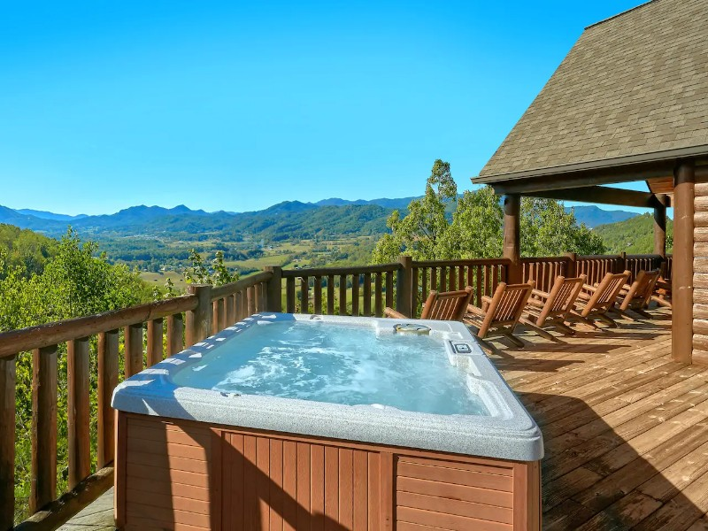 Mountain-Top View Cabin with Hot Tub & Pool Table
