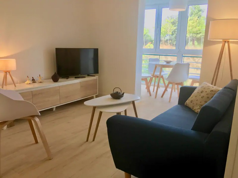 Living space at NEW lovely Three-Bedroom Flat at Park