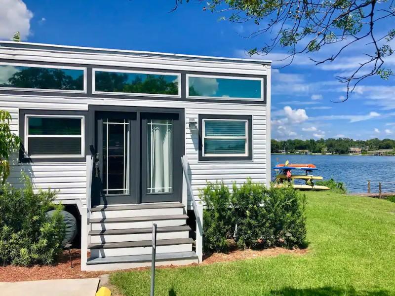 The Ritz, Lakefront Tiny House