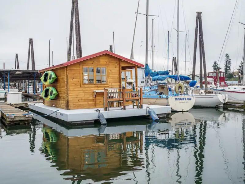 Marina for Tomahawk Island Cozy Houseboat