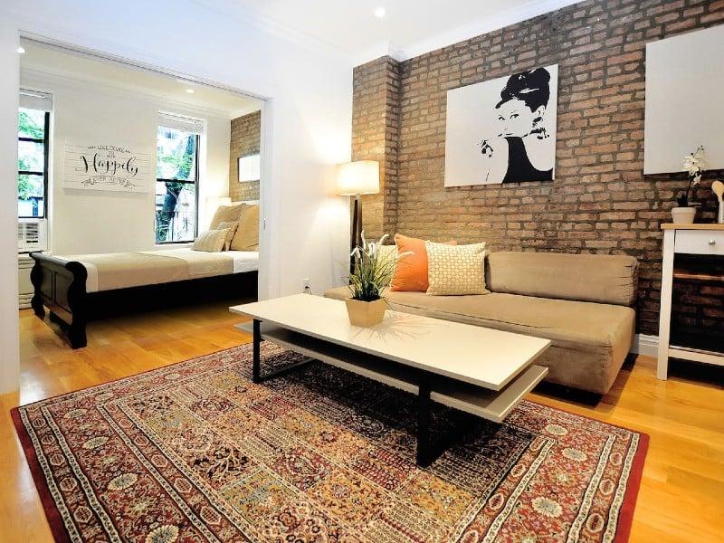 Classic Upper East Side Charm – 1 BR/1 BA Apartment
