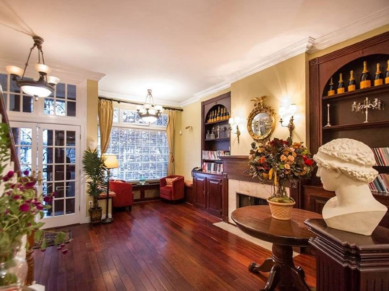 LARGEST TOWNHOUSE IN NYC FOR RENT-FINEST AMENITIES- ALL FIVE STAR REVIEWS