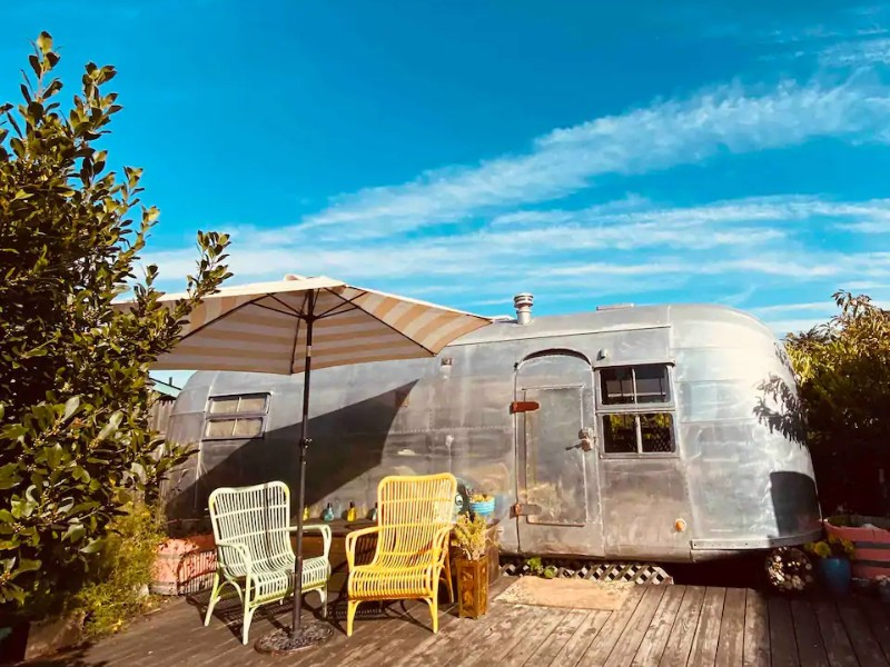 Exterior of 1952 Airstream Dreams with Beach Access