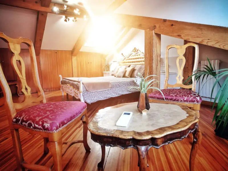Room view - Amazing Royal Loft