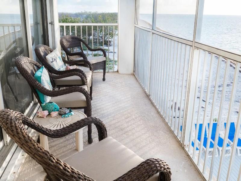 Beachfront Condo with Ocean Views – Marathon