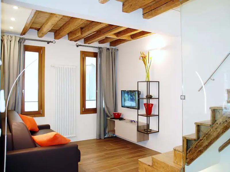 Interior of Casa di Laura - High Tide Exempt