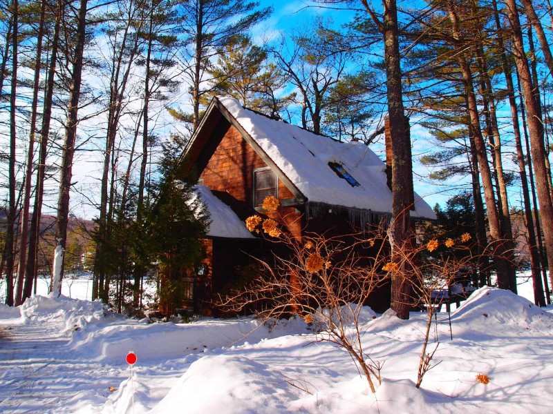 Cozy Four Season Lakefront Cabin, Denmark, Maine