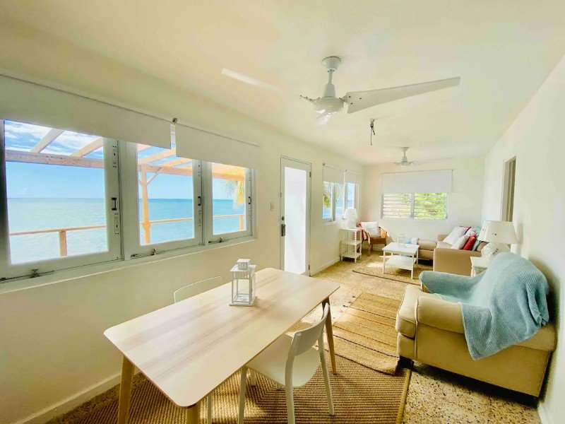 Cozy, private, oceanfront, beach house, Rincon