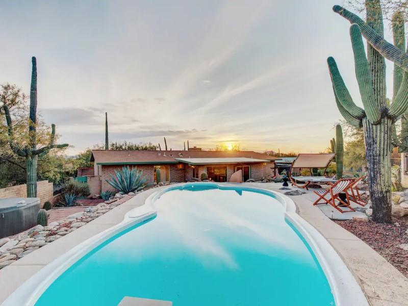 Desert Vibrations, A Private Retreat