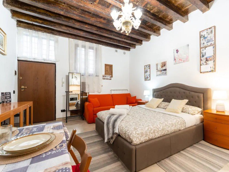 San Marco, Authentic, and Elegant Venetian Apartment