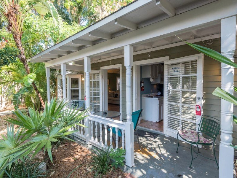 Studio Suite with Shared Hot Tubs, Patio, Steps from Beach – Key West