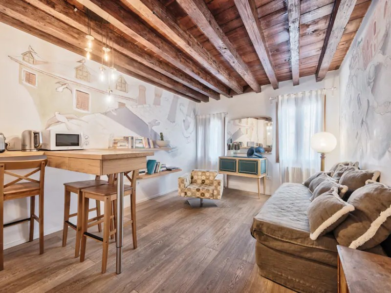 Inside Suite Tower Rialto