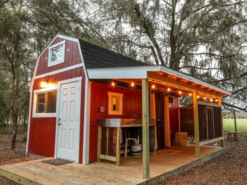 Tiny Barn at Windy Oaks
