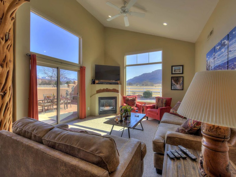 Townhome with Mountain Views – Arches National Park, UT