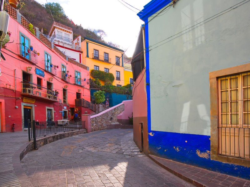 Scenic cobbled old town streets with traditional colorful buildings, Guanajuato, Mexico