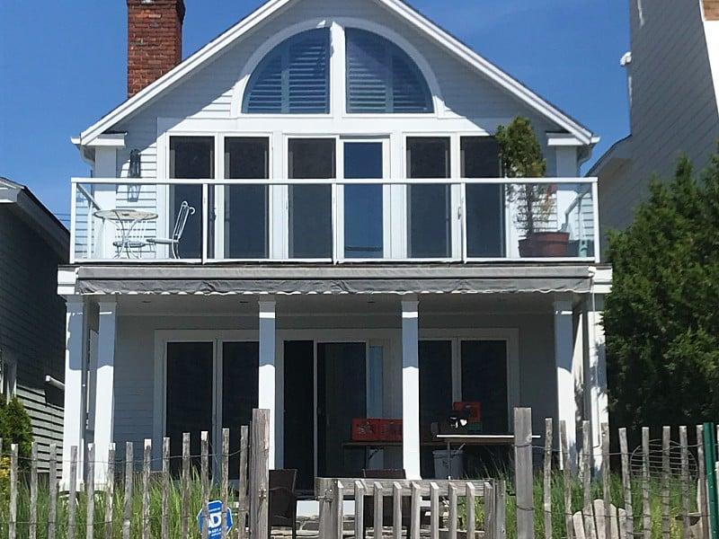 Stunning direct waterfront beach house!