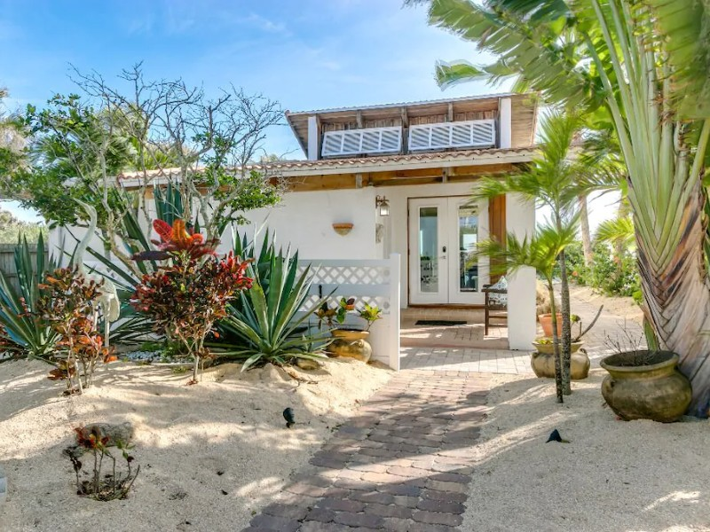 2-Bedroom Oceanfront Home – Cape Canaveral