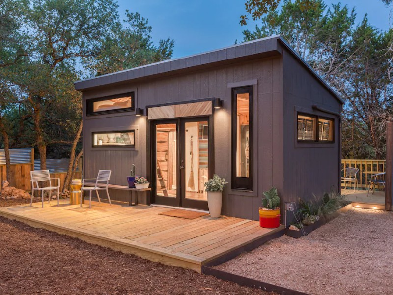 A Designer's Gorgeous Tiny House with Hot Tub in Wimberley