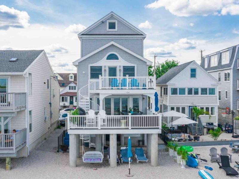 Coastal Home Featured on HGTV