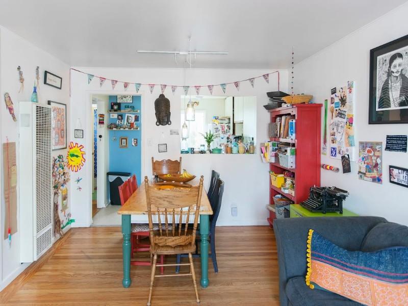 Cozy Artsy Home