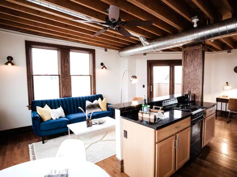 Interior of Lux Midtown Penthouse w/ Rooftop Deck