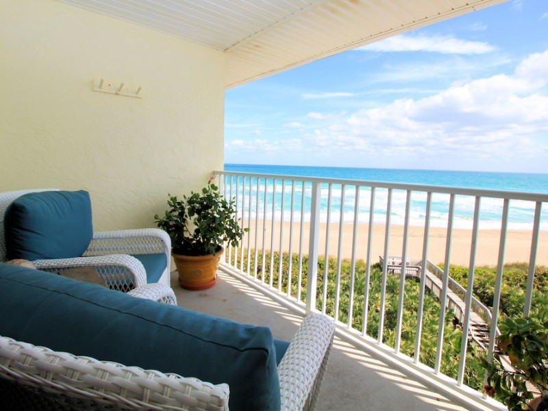 Oceanfront Penthouse in Hutchinson Island - Stuart