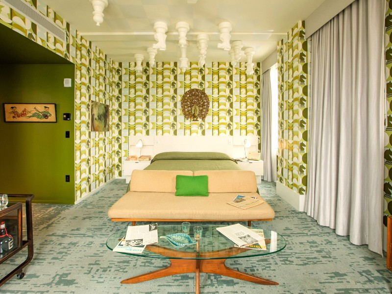 Bed and chess ceiling, Queen's Gambit room at the 21c Museum Hotel