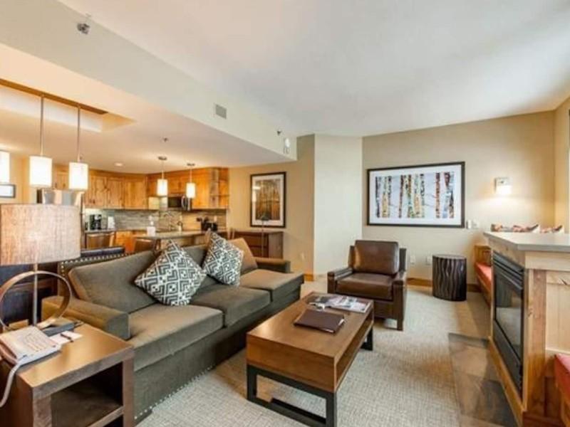 Renovated Grand Summit Resort Suite Condo