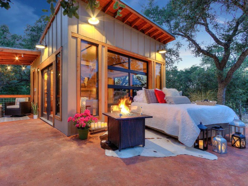 The Glass House: Hill Country Tiny Home Escape in Hondo